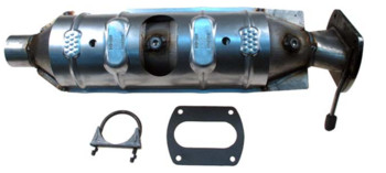 Catalyic Converters With Pipe Included