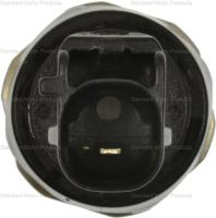 Oil Pressure Sender or Switch For Light PS672